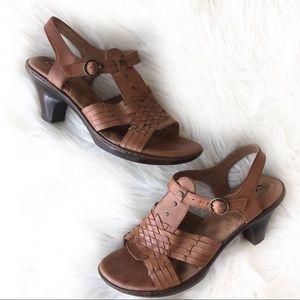Soft Walk Leather Huarache Sandals Heels 7